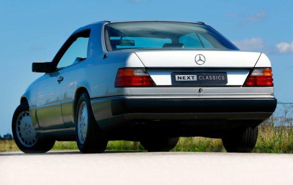 Mercedes-Benz 300 CE-24