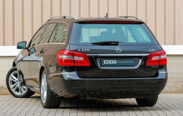 Mercedes-Benz E220 CDI Blue Efficiency Avantgarde
