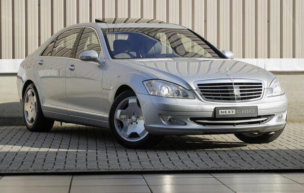 Mercedes-Benz W221 S600 Lang
