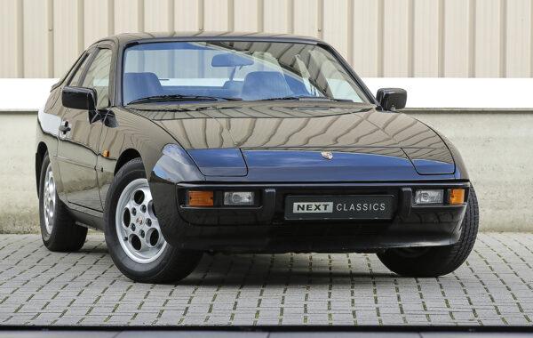 Porsche 924S Le Mans